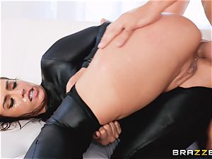 Kelsi Monroe choking deep on Keirans dick