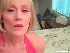 mom controls Her son's jizz-shotgun