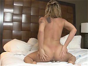 light-haired babe Dahlia Sky fucktoys her tastey pussy