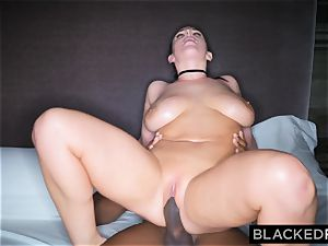 BLACKEDRAW black man takes Angela milky in her hotel apartment