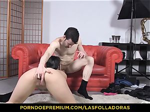 LAS FOLLADORAS - sultry sixty-nine drill festival with sweetie