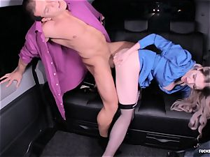 drilled IN TRAFFIC - super-steamy car sex with british Carly Rae