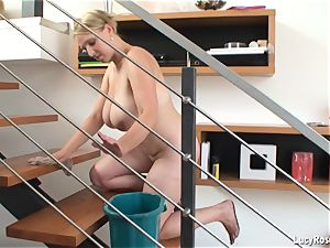 huge-titted housewife Lucy Rose cleaning