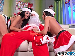 Santas lil' helpers Ava Addams and Trinity St Clair christmas special