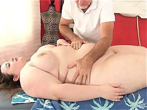 scorching fatty Sapphire Rose gets a sex rubdown
