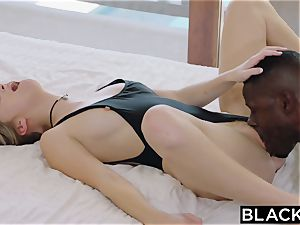 BLACKED.com platinum-blonde Gets very first bbc from Brothers friend