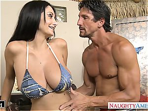 brown-haired milf Ava Addams gets immense cupcakes smashed