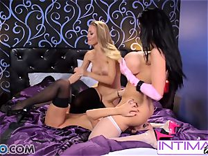Amy Anderssen, Jessica Jaymes and Nicole Aniston