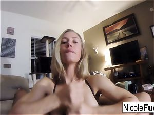Home video of Nicole Aniston giving a point of view gargle Job