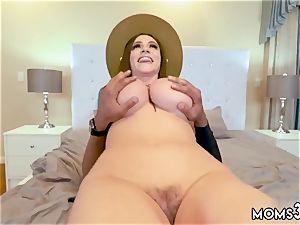 patron s step duddy plumbs sleeping mom motel Ariella Ferrera was supah horny and when