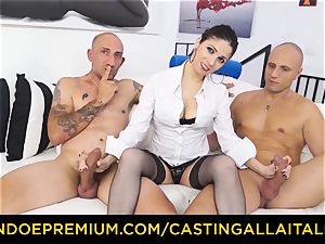 audition ALLA ITALIANA - super-hot mummy has dual ass-fuck joy