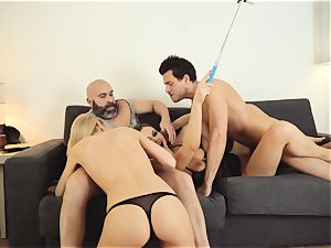 LOS CONSOLADORES - super hot swinger 4 way with steamy honies