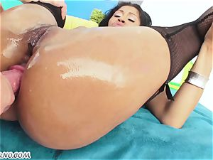 highly beautiful porn with super-bitch brazilian honey who likes booty ravaging