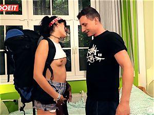 LETSDOEIT - crazy Traveler romps lucky German In Hostel
