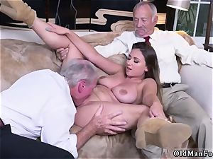 father acquaintance s associate unexperienced xxx Ivy makes an impression with her meaty boobs and ass