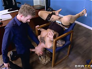 Kleio Valentien hard-on inserted by Danny D