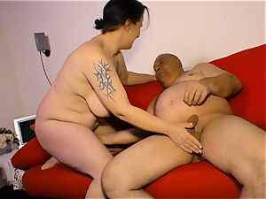 DEUTSCHLAND REPORT - plumper mature German newbie romped