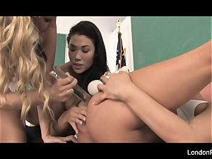 college girl bang-out featuring London Keyes and more!