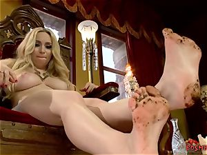 ash-blonde taunts With Her feet