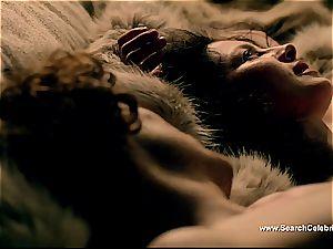Caitriona Balfe in red-hot fuckfest scene from Outlander
