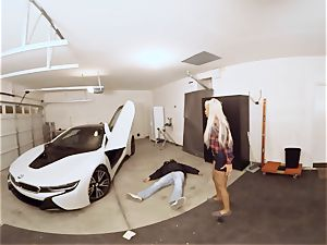 VR PORN-Hot cougar plow The Car Theif